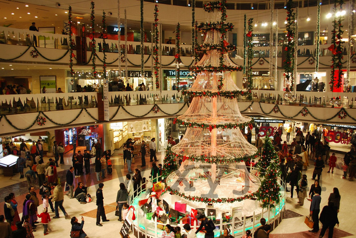 Christmas Day Celebration.Best Places To Celebrate Christmas Day Party In Delhi Ptc