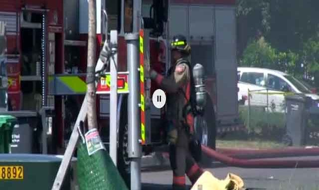 Firefighters battle house fire in Mississauga