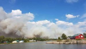 Wildfire threat prompts evacuations in northeastern Ontario