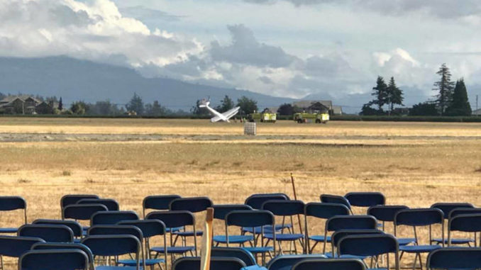 5 people injured, 1 critically after plane crashes following Abbotsford Airshow
