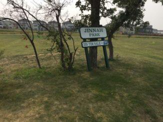 Sign vandalized after MP Maxime Bernier calls out Winnipeg park for 'extreme multiculturalism'