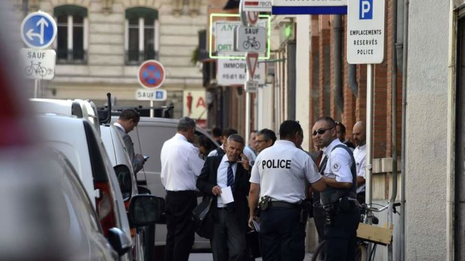 French Police Arrest Man Who Stabbed 7 People in Downtown Paris