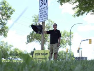 Winnipegers protest 'cash-grab' tickets around school zones