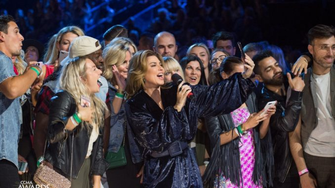 Host Shania Twain is a huge winner at 2018 Canadian Country Music Awards