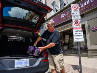 City supports curbside pickup for businesses in Downtown Brampton