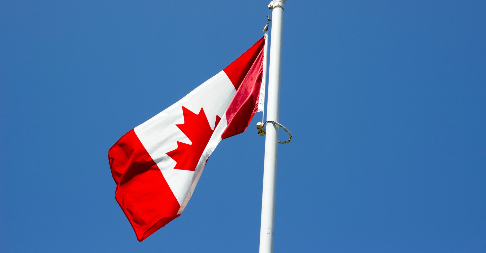 Canada expands restrictions to international travel by land and air